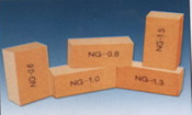 Fireclay insulating brick